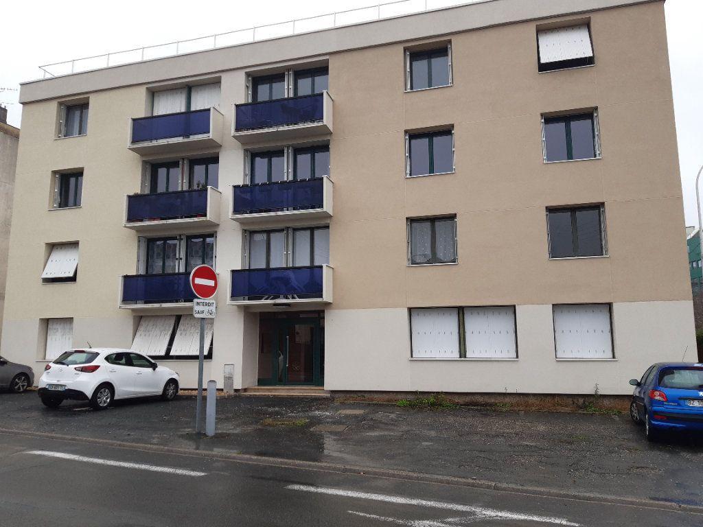 Appartement à vendre 3 75m2 à Périgueux vignette-1