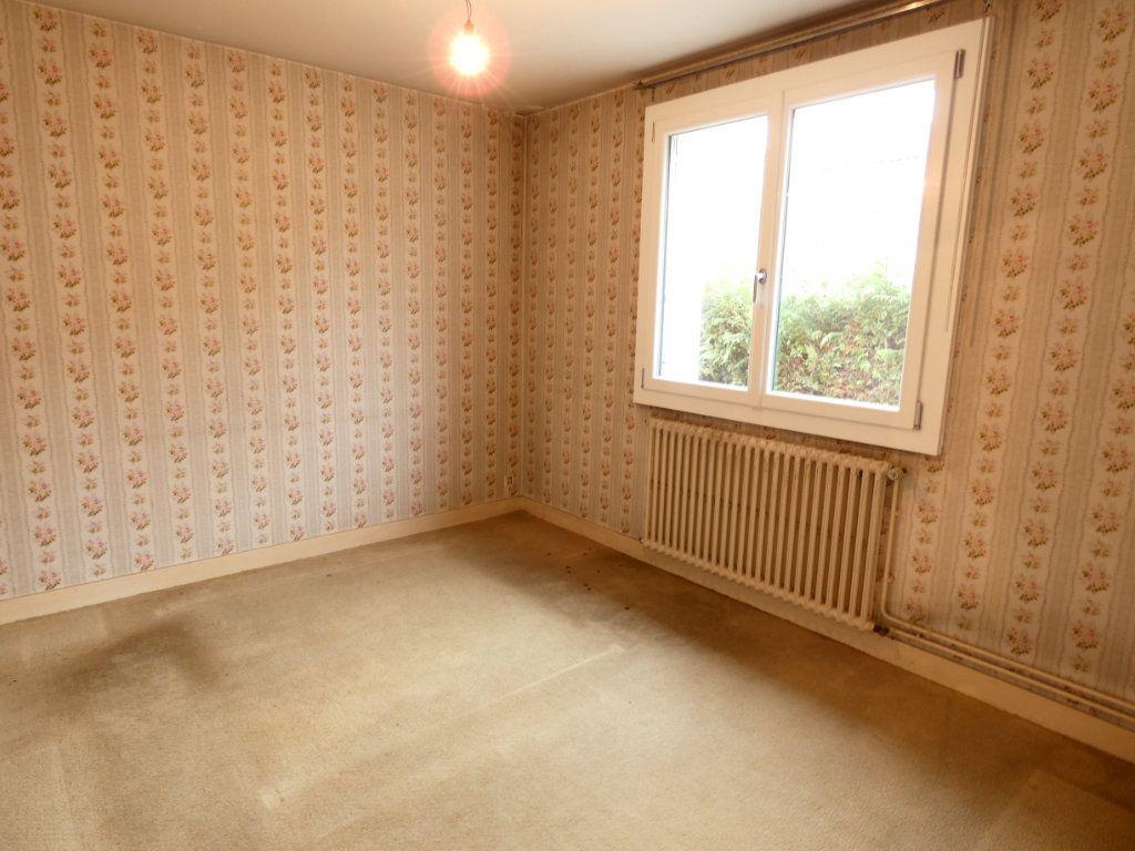 Appartement à vendre 3 75m2 à Périgueux vignette-4
