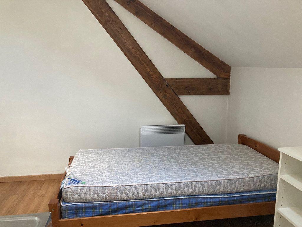 Appartement à louer 1 12m2 à Périgueux vignette-4