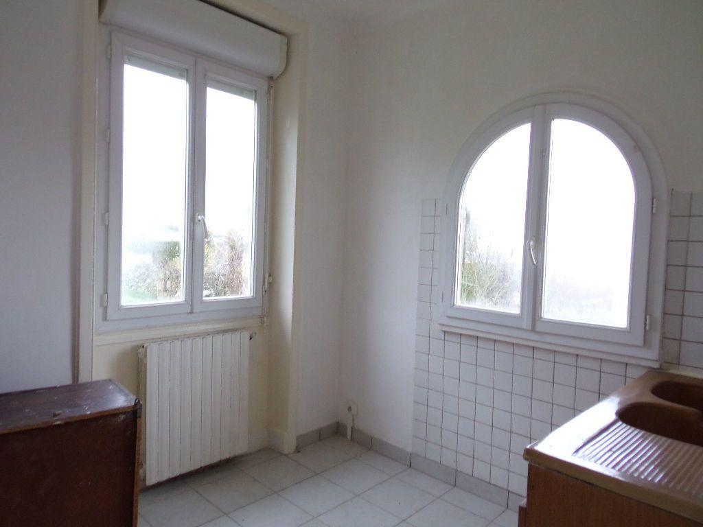 Maison à vendre 4 713m2 à Terrasson-Lavilledieu vignette-4