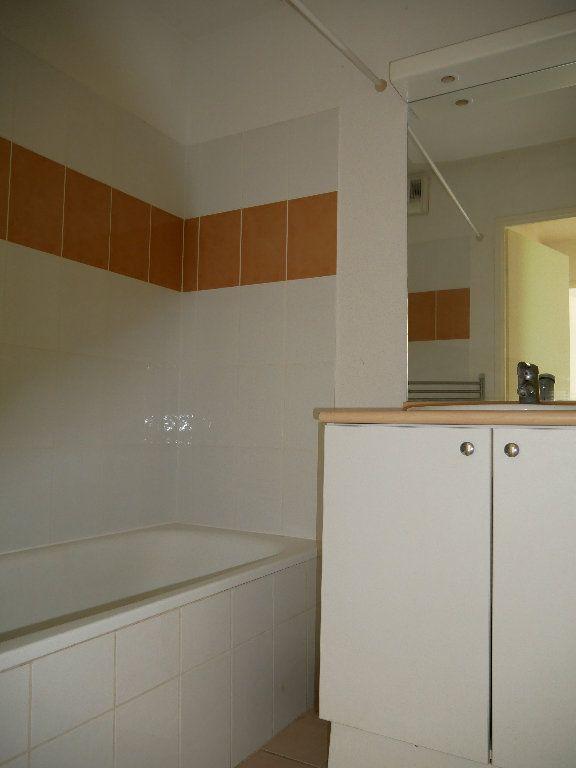 Appartement à vendre 2 35.8m2 à Terrasson-Lavilledieu vignette-5