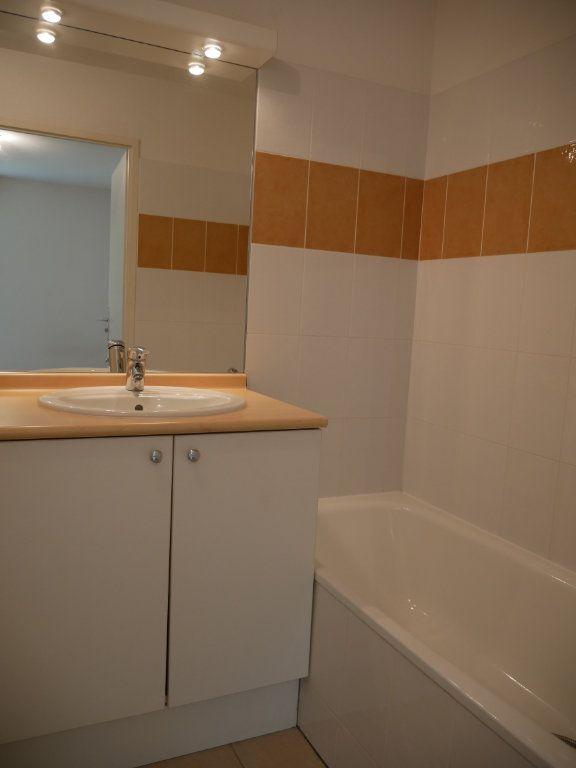 Appartement à vendre 2 34m2 à Terrasson-Lavilledieu vignette-5