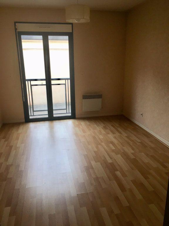 Appartement à louer 4 115.73m2 à Terrasson-Lavilledieu vignette-7