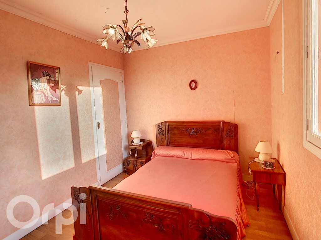 Maison à vendre 5 81m2 à Condat-sur-Vézère vignette-5