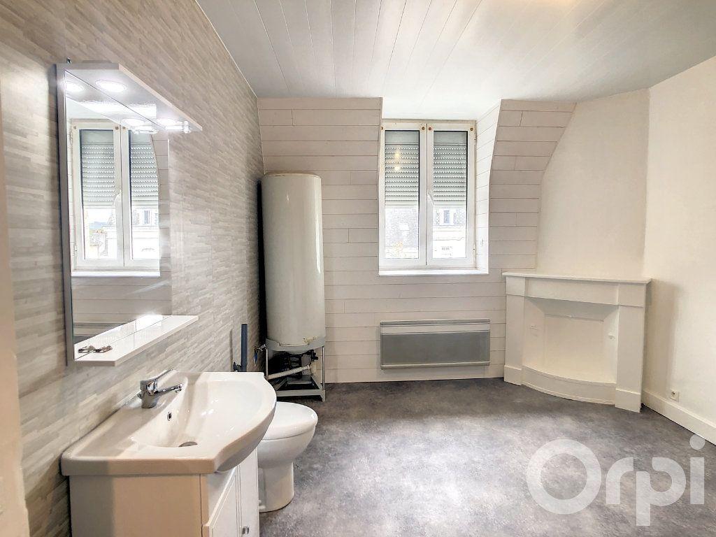 Appartement à louer 3 70m2 à Terrasson-Lavilledieu vignette-3