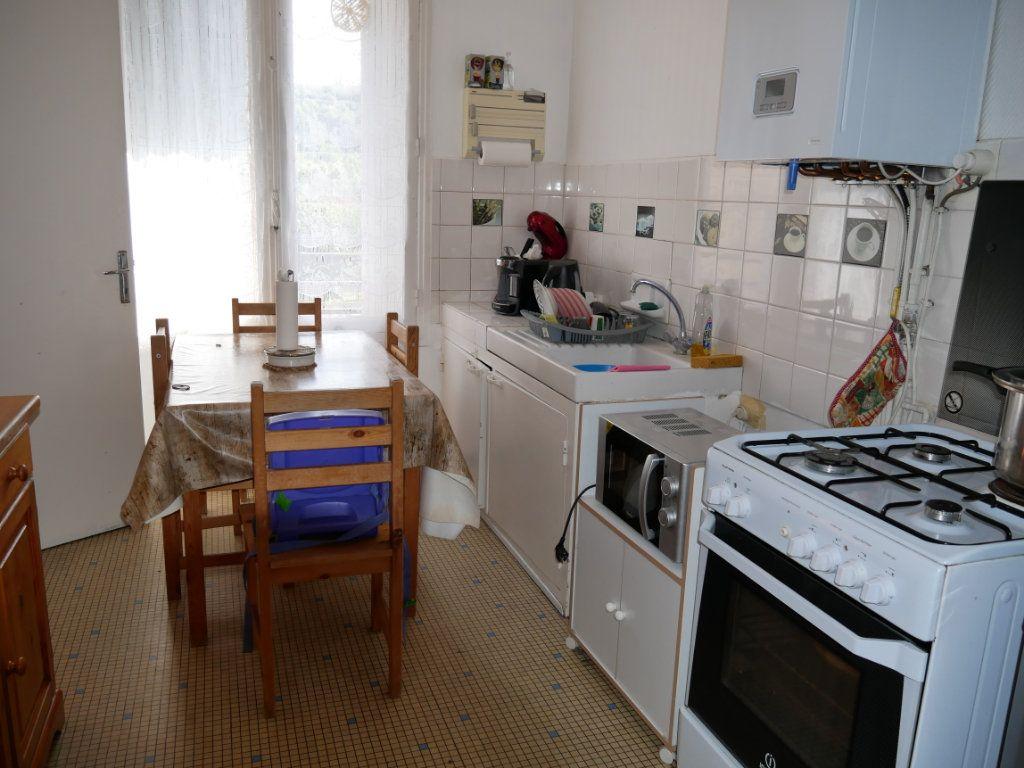 Appartement à vendre 4 95m2 à Terrasson-Lavilledieu vignette-2