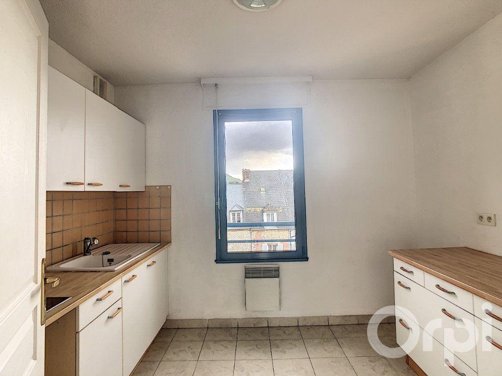 Appartement à louer 3 70.53m2 à Terrasson-Lavilledieu vignette-4