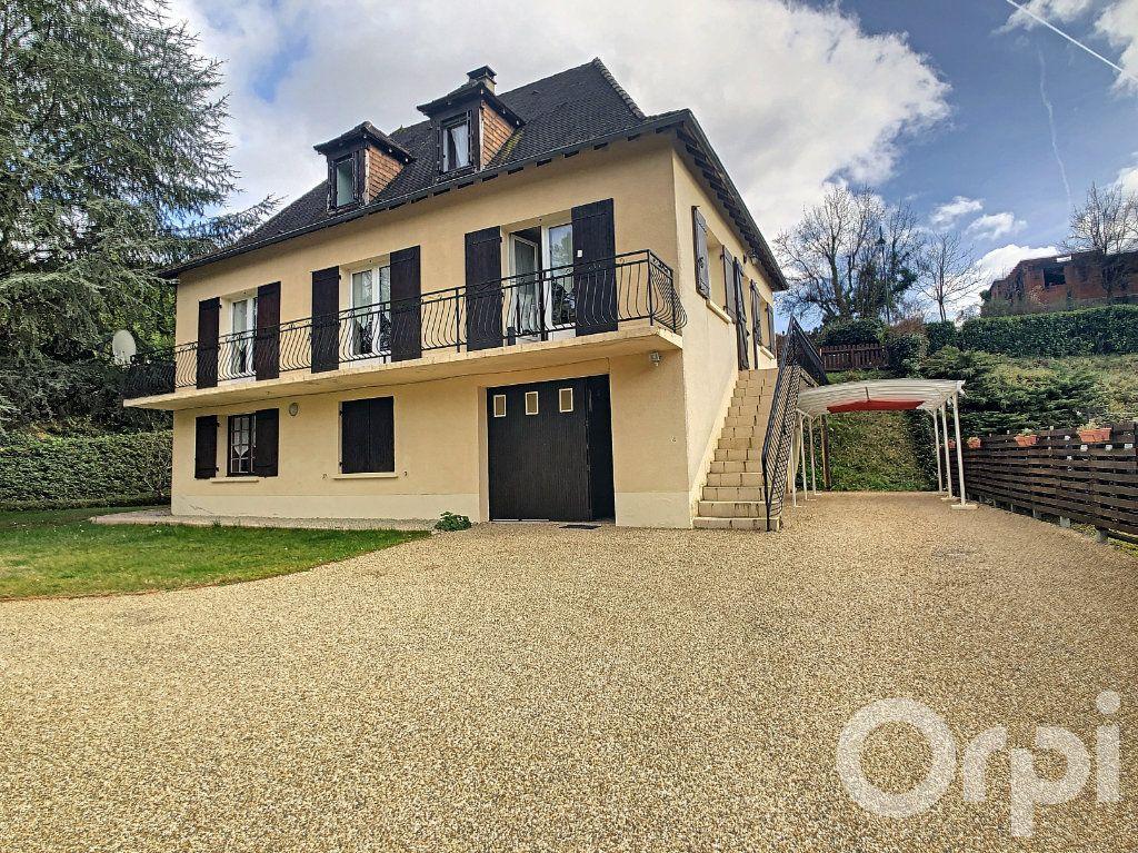 Maison à vendre 8 160m2 à Beauregard-de-Terrasson vignette-1