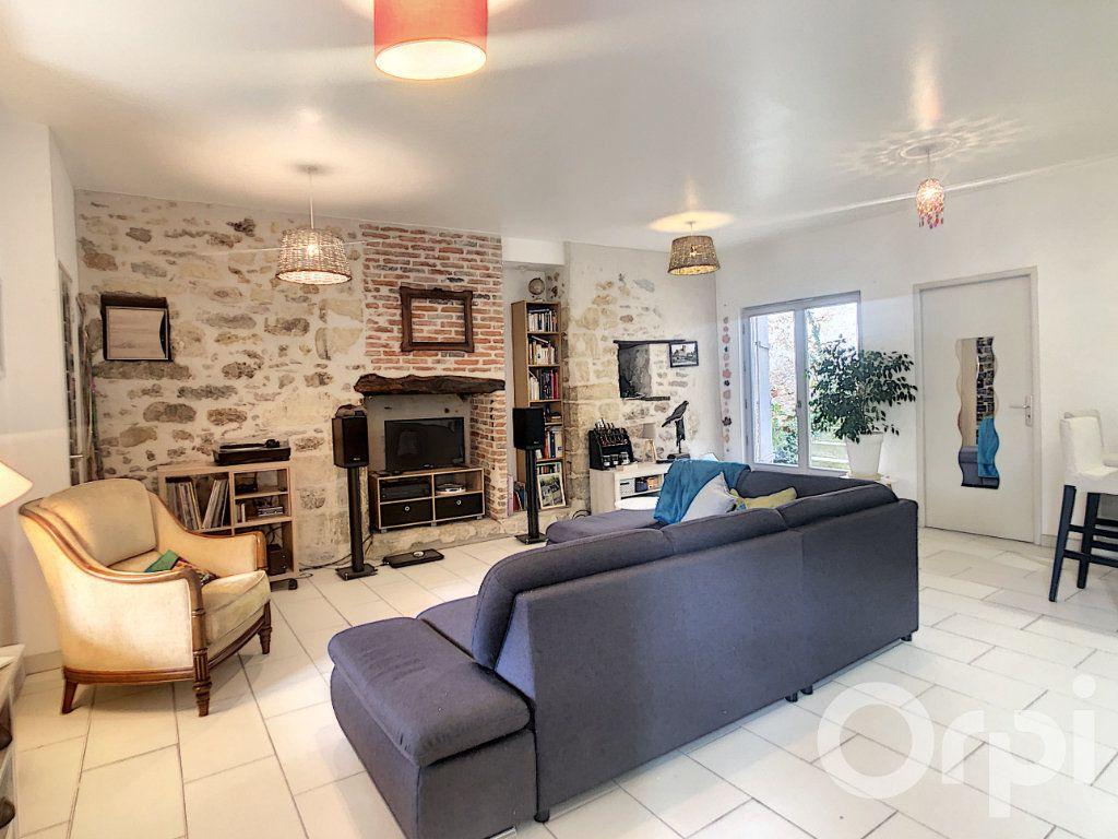 Maison à vendre 3 87m2 à Terrasson-Lavilledieu vignette-4