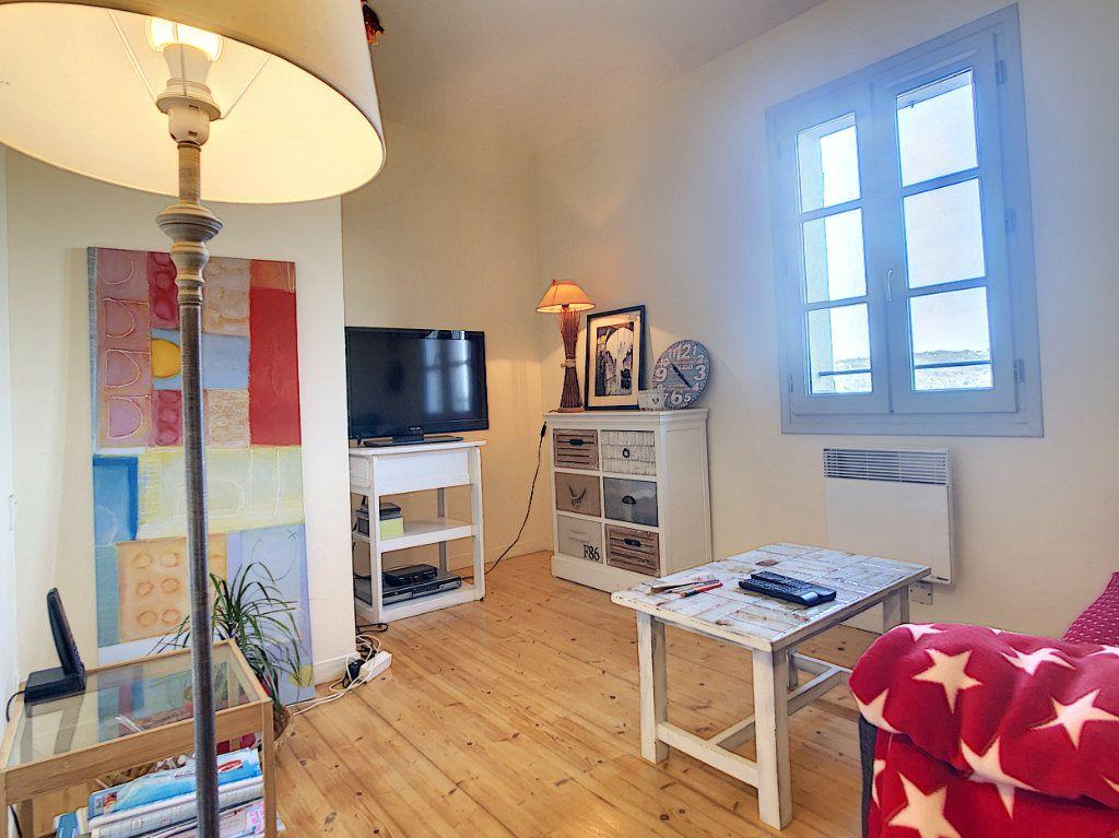 Maison à vendre 4 65m2 à Terrasson-Lavilledieu vignette-4