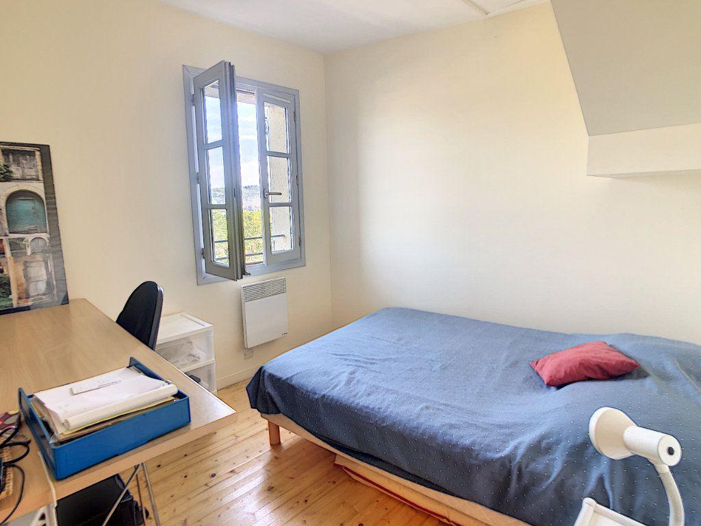 Maison à vendre 4 65m2 à Terrasson-Lavilledieu vignette-5