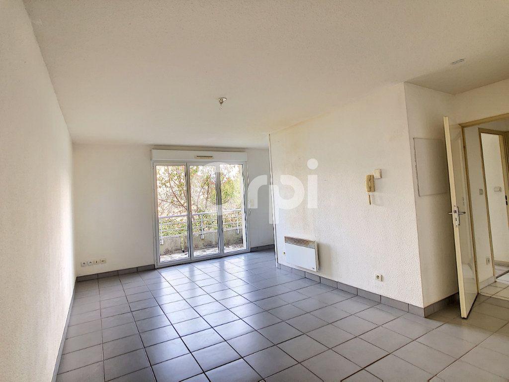 Appartement à louer 2 46.18m2 à Cublac vignette-1
