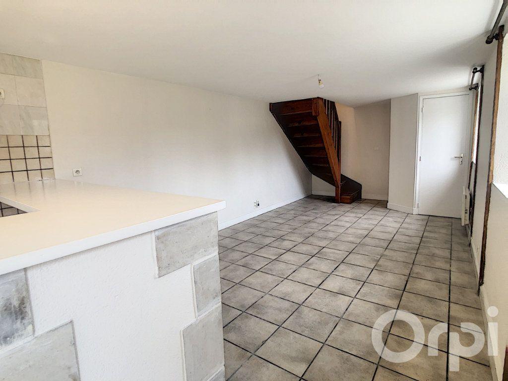 Maison à vendre 3 51m2 à Le Lardin-Saint-Lazare vignette-3