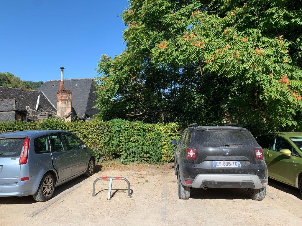 Stationnement à vendre 0 0m2 à Terrasson-Lavilledieu vignette-1
