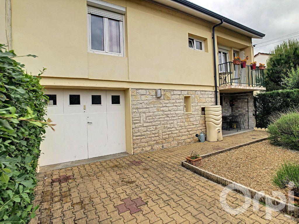 Maison à vendre 5 70m2 à Terrasson-Lavilledieu vignette-1