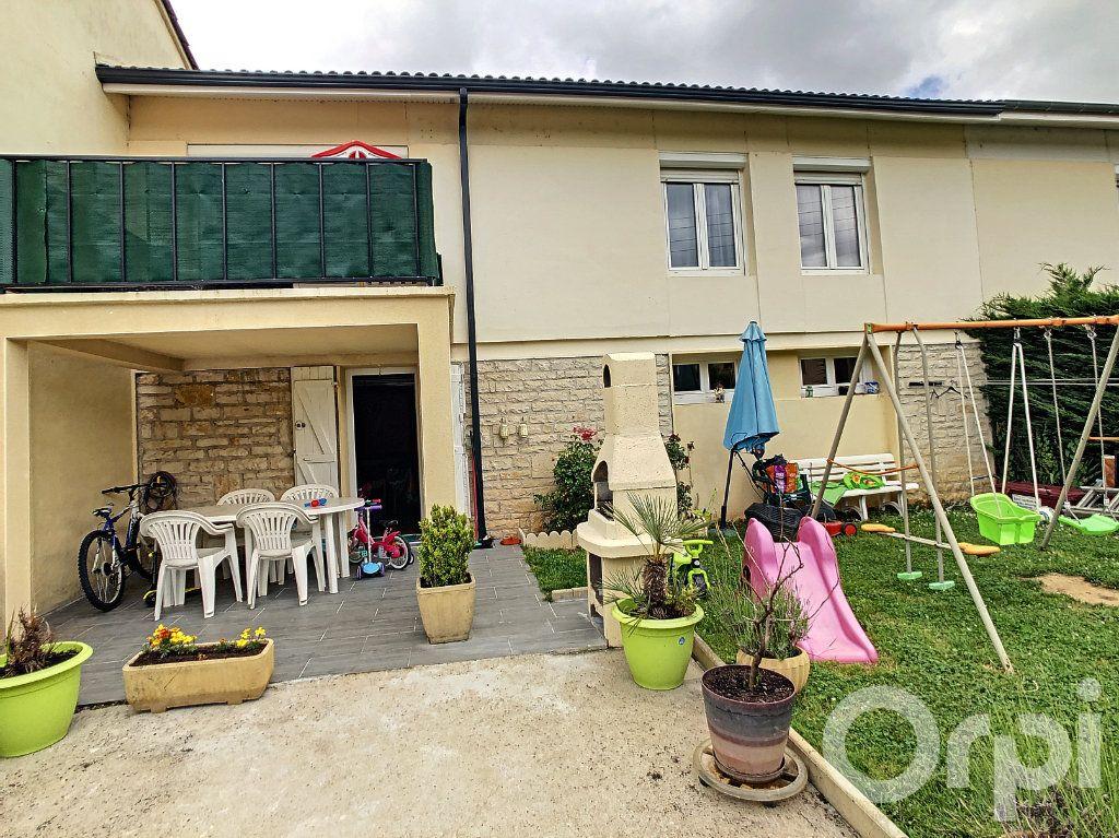 Maison à vendre 5 70m2 à Terrasson-Lavilledieu vignette-3