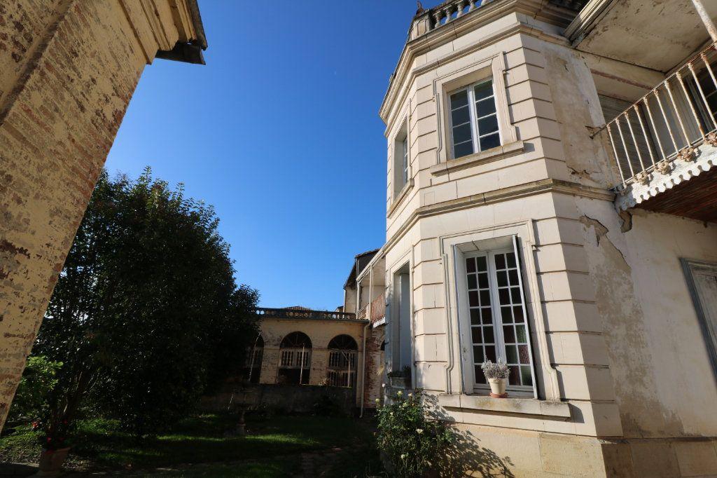 Maison à vendre 14 574m2 à Lavit vignette-1