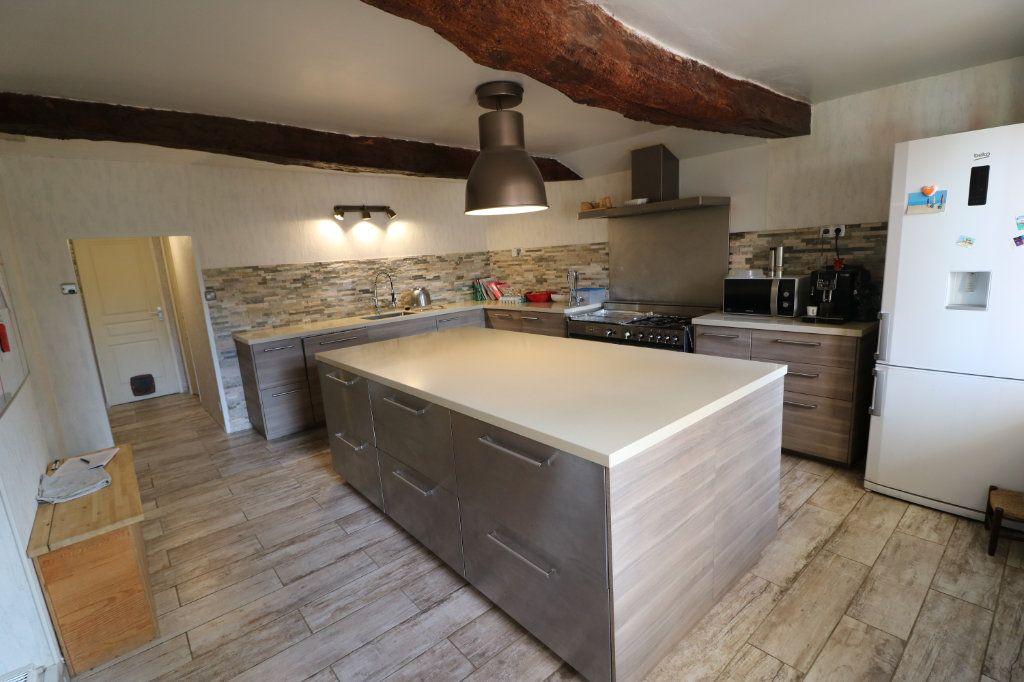 Maison à vendre 6 223m2 à Beaumont-de-Lomagne vignette-1