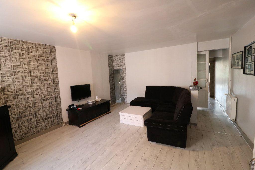 Maison à vendre 6 223m2 à Beaumont-de-Lomagne vignette-3