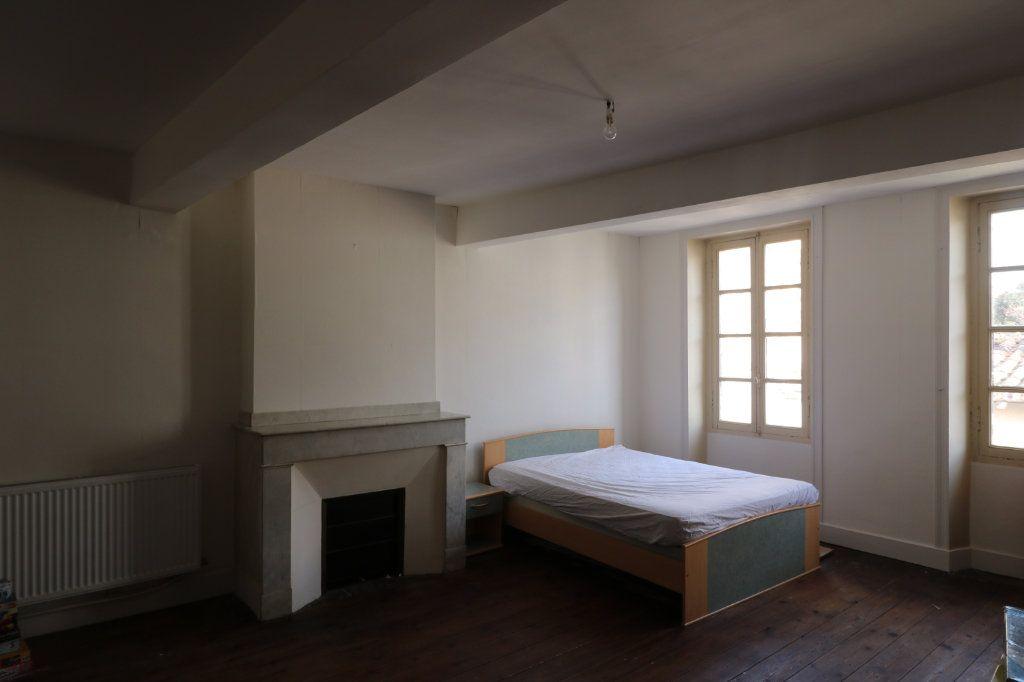 Maison à vendre 6 223m2 à Beaumont-de-Lomagne vignette-5