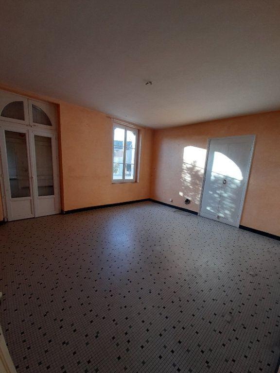 Maison à vendre 8 270m2 à Lavit vignette-1