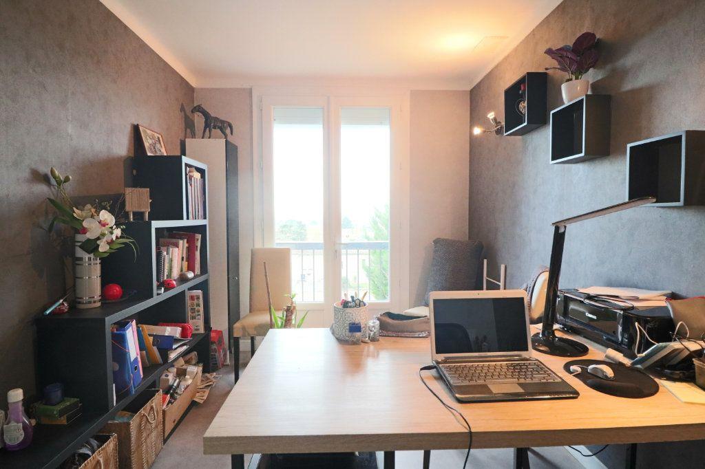 Maison à vendre 5 80m2 à Beaumont-de-Lomagne vignette-5