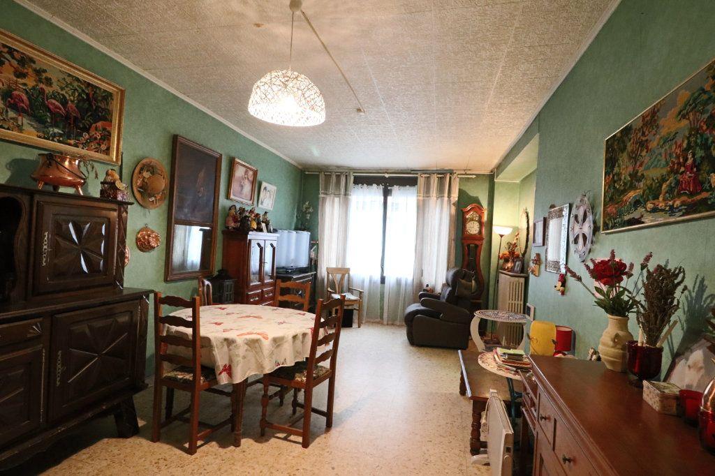Maison à vendre 6 130m2 à Grisolles vignette-2
