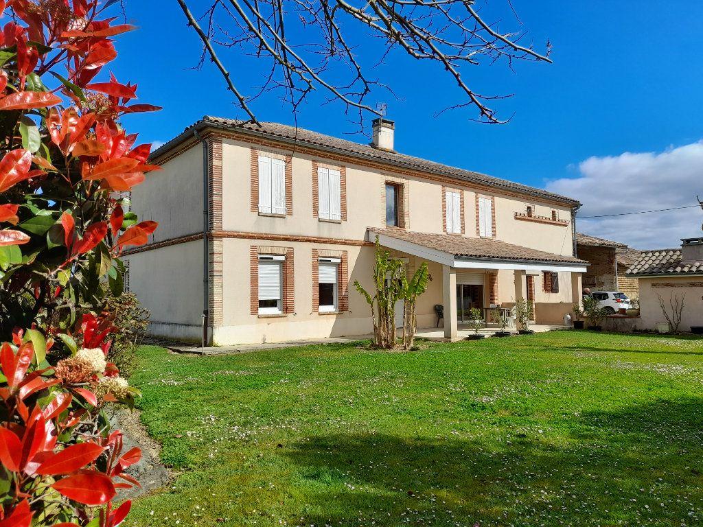Maison à vendre 6 230m2 à Montbartier vignette-1