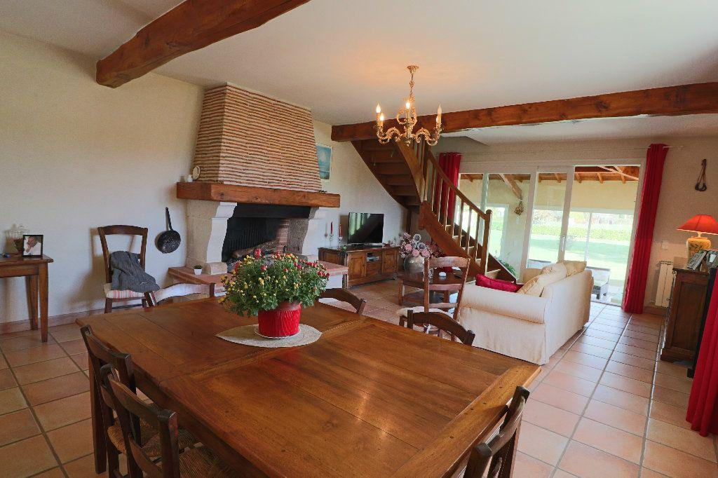 Maison à vendre 5 235m2 à Beaumont-de-Lomagne vignette-2