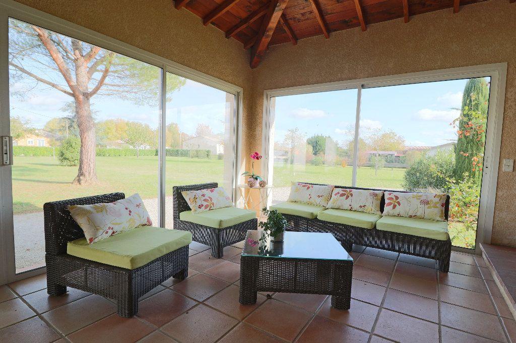 Maison à vendre 5 235m2 à Beaumont-de-Lomagne vignette-9