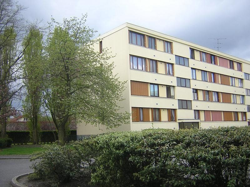 Appartement à louer 4 74m2 à Ermont vignette-1