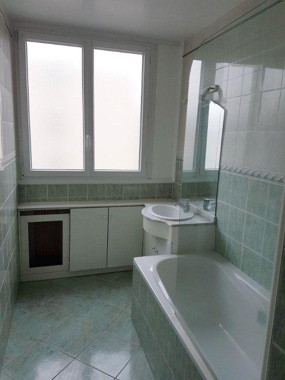 Appartement à louer 4 74m2 à Ermont vignette-7