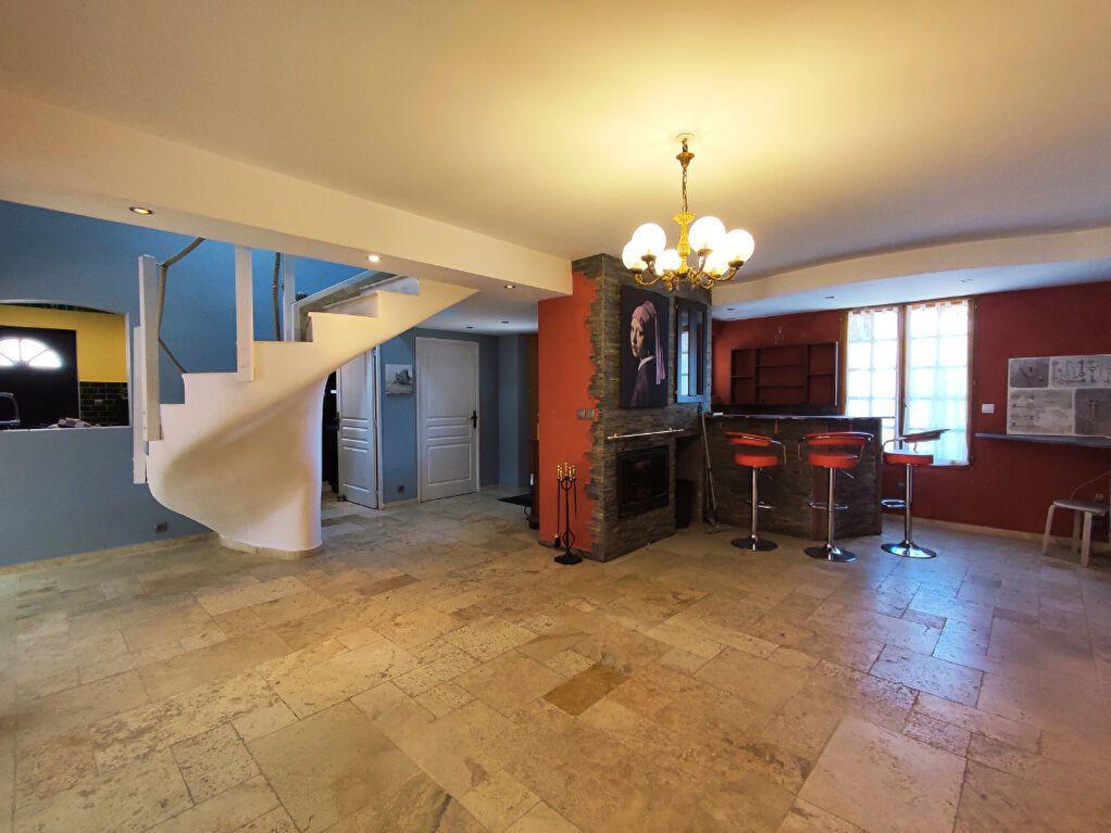 Maison à vendre 6 142m2 à Le Fay-Saint-Quentin vignette-2