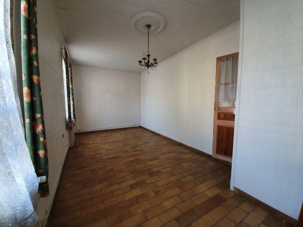 Maison à vendre 4 121m2 à Bresles vignette-1