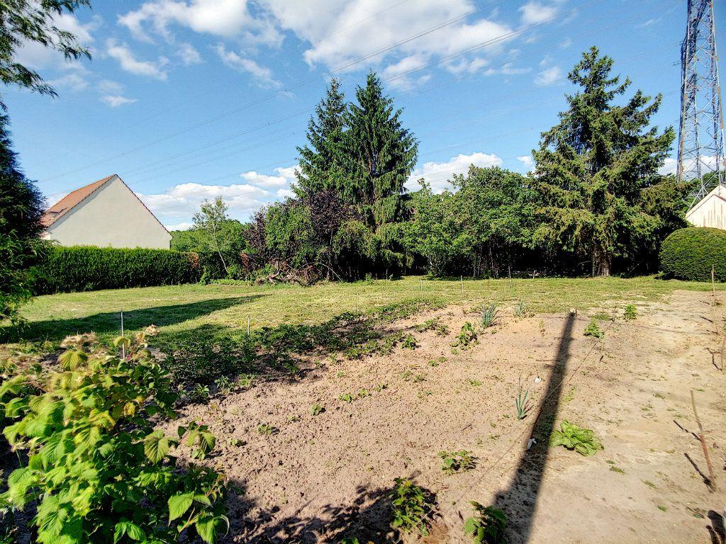 Terrain à vendre 0 529m2 à Bailleul-sur-Thérain vignette-1