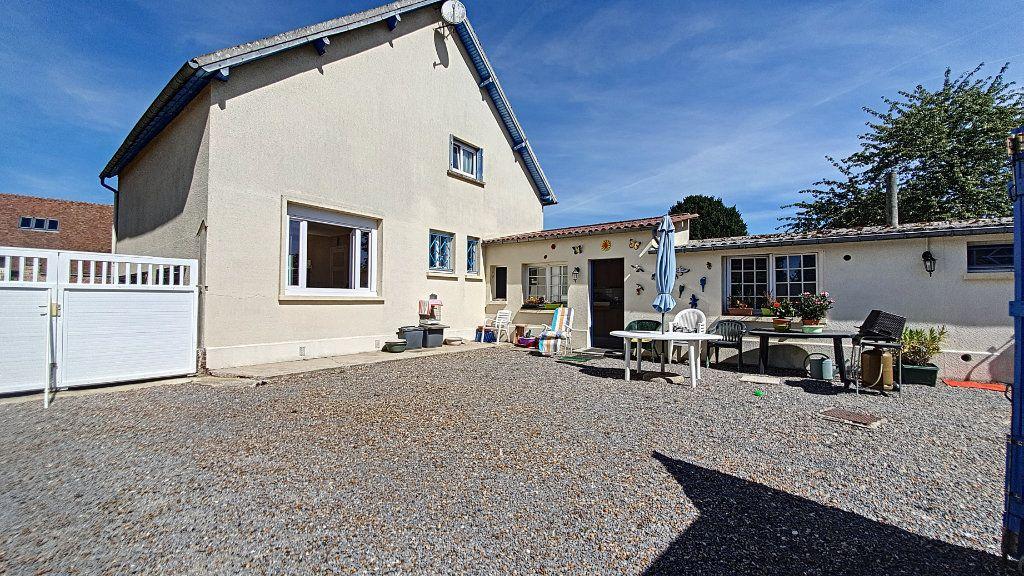 Maison à vendre 6 122m2 à Nivillers vignette-1