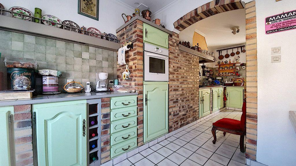 Maison à vendre 6 122m2 à Nivillers vignette-2