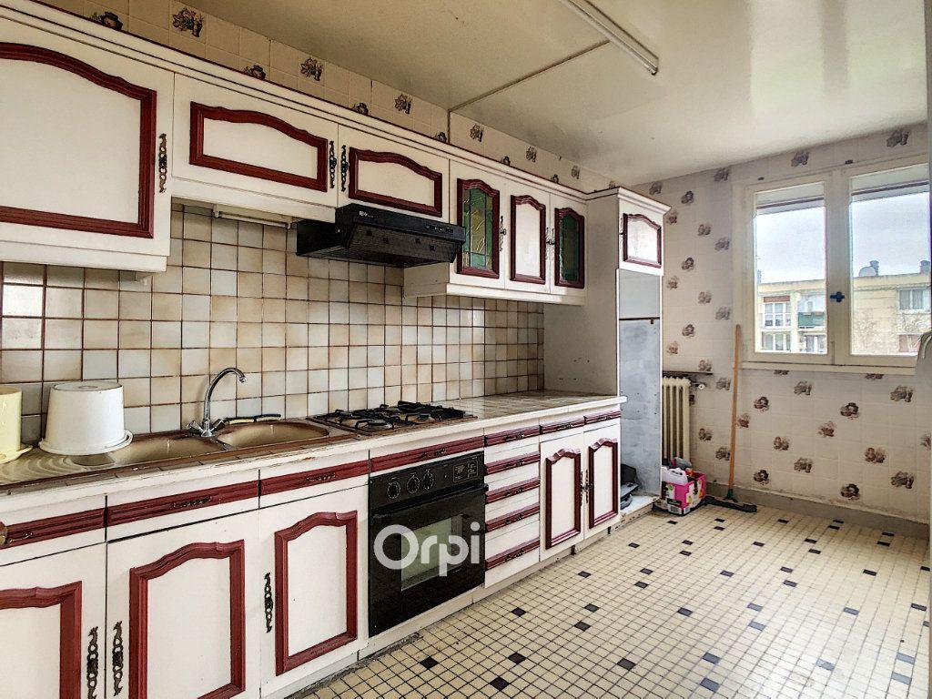 Appartement à vendre 4 69.32m2 à Beauvais vignette-4