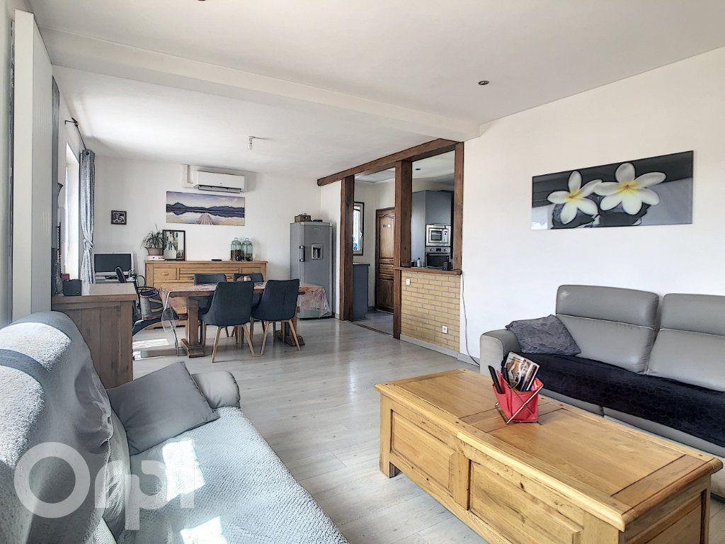 Maison à vendre 5 110m2 à La Rue-Saint-Pierre vignette-4