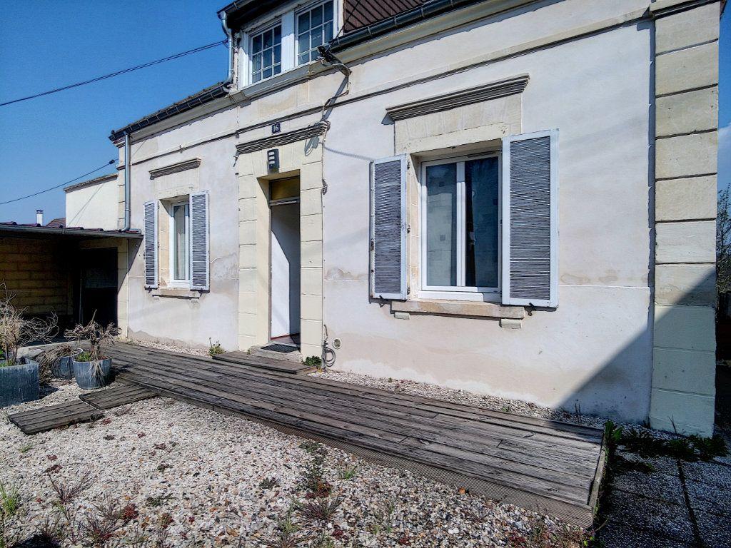 Maison à vendre 7 145m2 à Mouy vignette-1