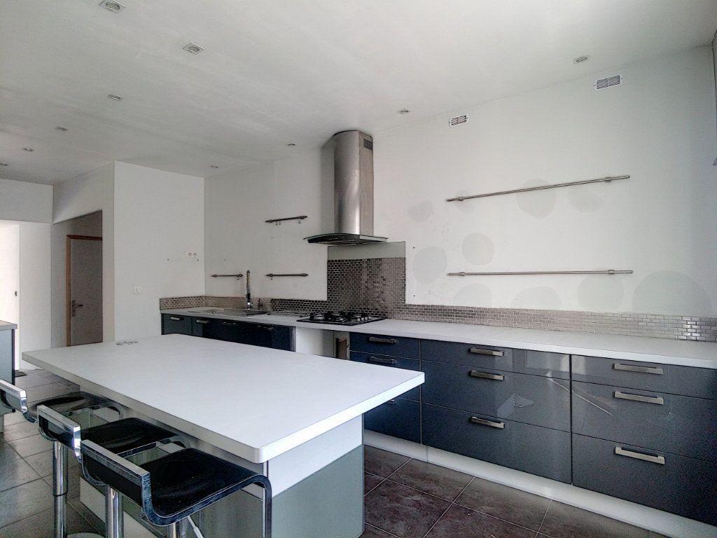 Maison à vendre 7 145m2 à Mouy vignette-2