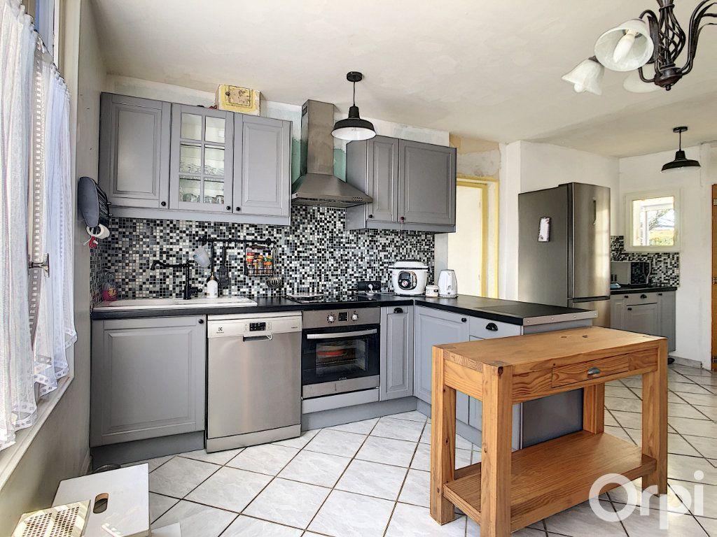 Maison à vendre 5 99m2 à La Rue-Saint-Pierre vignette-2