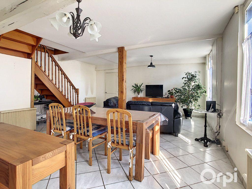 Maison à vendre 5 99m2 à La Rue-Saint-Pierre vignette-5