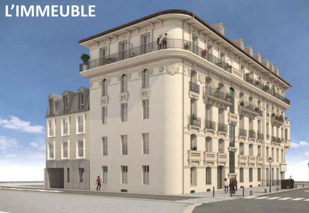 Appartement à vendre 1 28.3m2 à Nice vignette-1