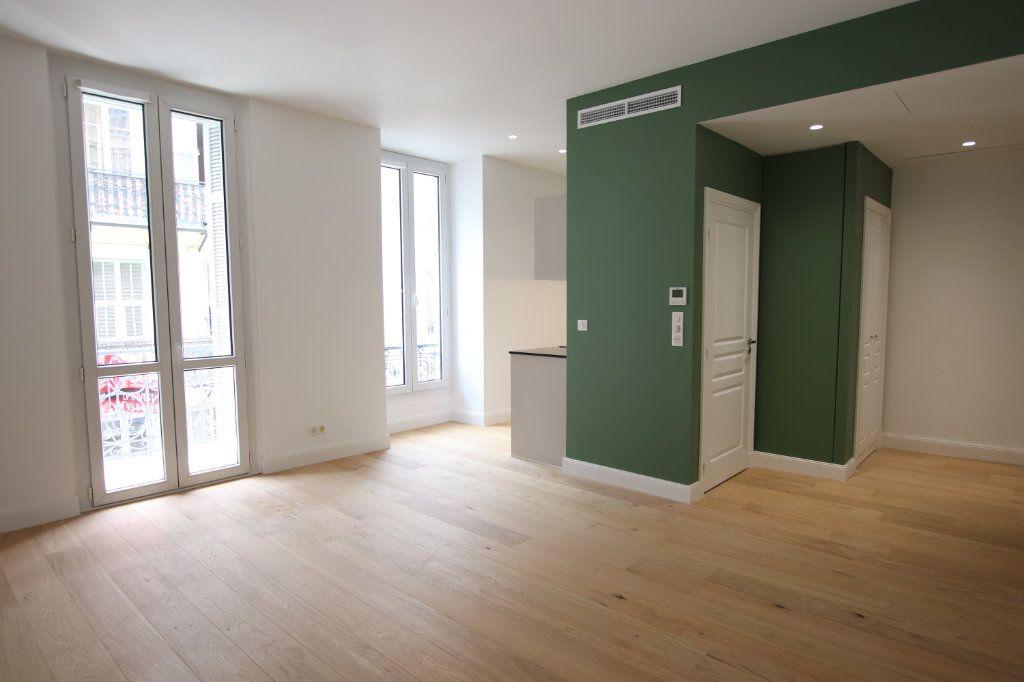 Appartement à louer 2 49.19m2 à Nice vignette-2