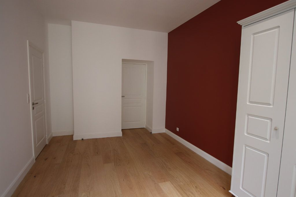 Appartement à louer 2 49.19m2 à Nice vignette-6