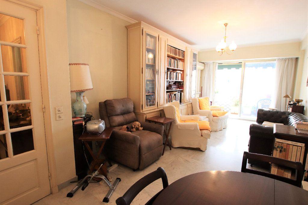 Appartement à vendre 5 107.03m2 à Nice vignette-2