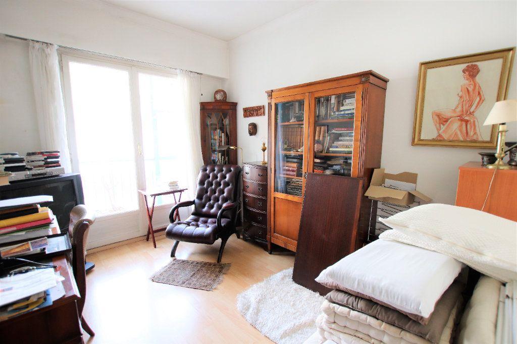 Appartement à vendre 5 107.03m2 à Nice vignette-3