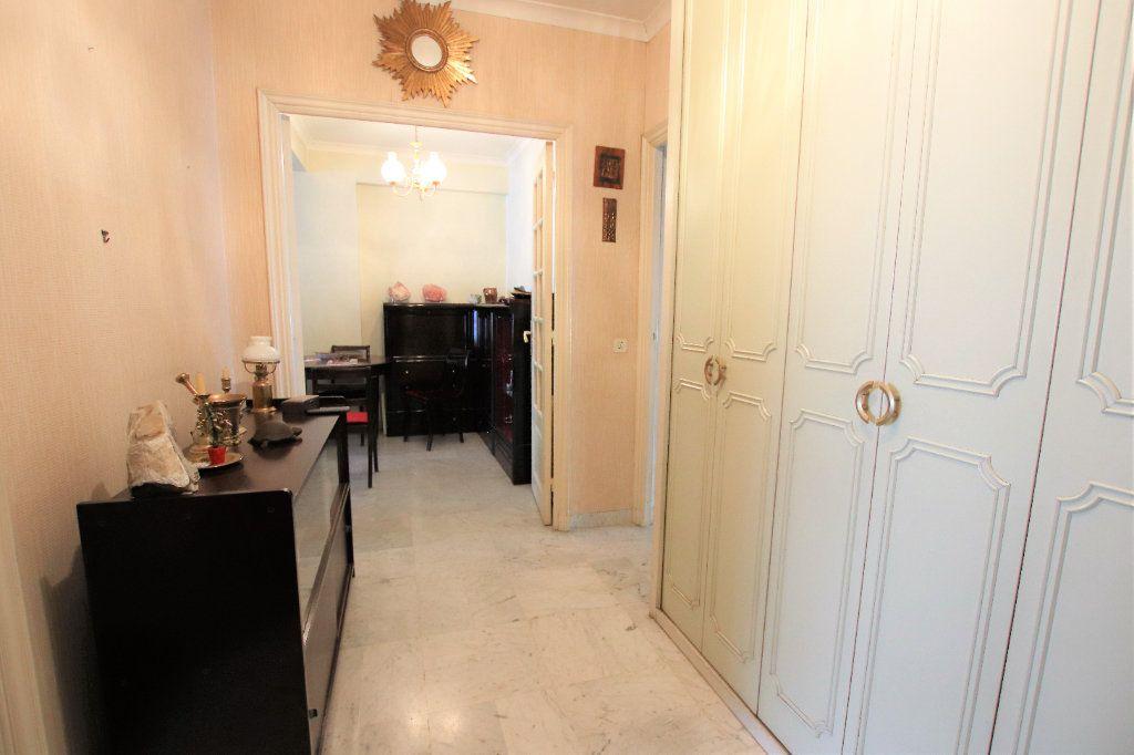 Appartement à vendre 5 107.03m2 à Nice vignette-5