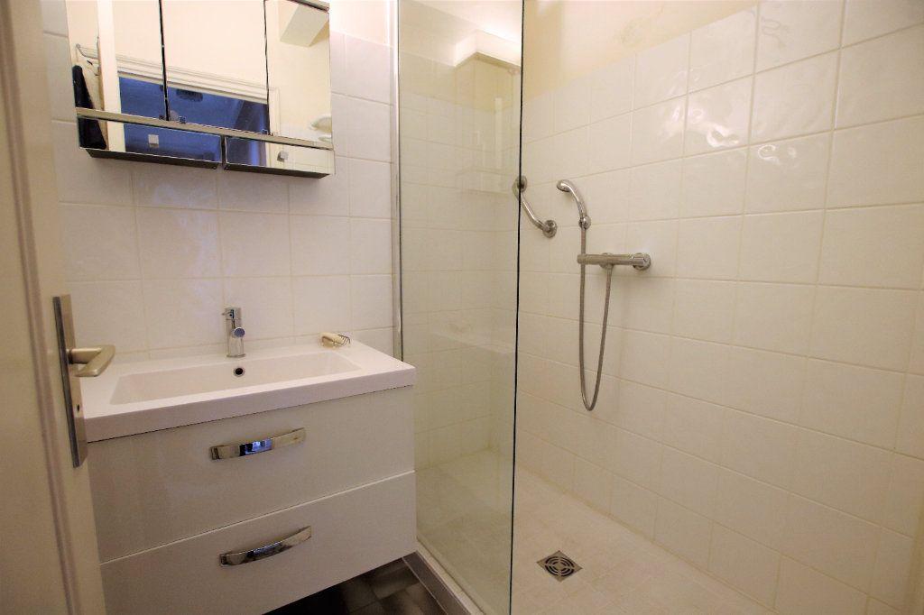 Appartement à vendre 5 107.03m2 à Nice vignette-7
